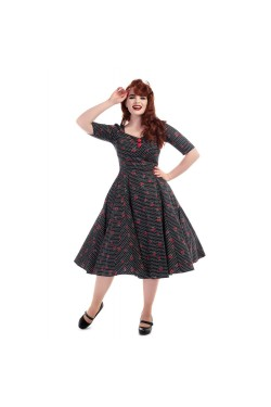 Robe cerise a pois collectif
